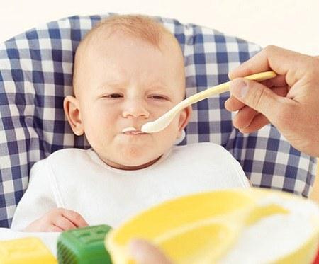 Mẹo hay dành cho trẻ biếng ăn