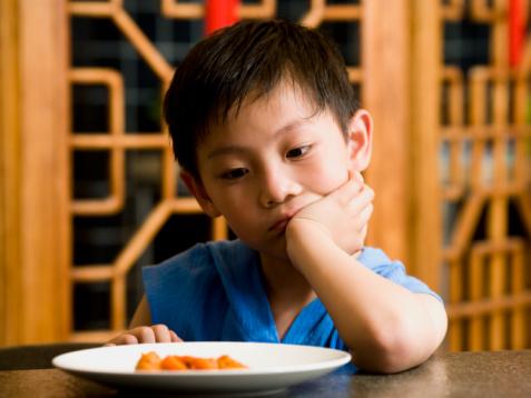 Nhật ký 5 ngày chiến đấu với bệnh biếng ăn của trẻ