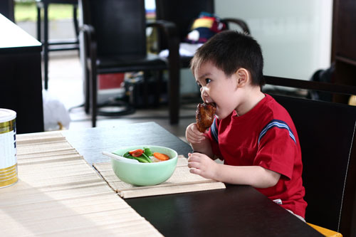 Dinh dưỡng cần thiết cho trẻ biếng ăn