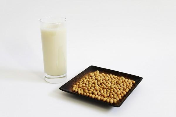 Bật mí cách uống sữa bầu tốt nhất cho mẹ