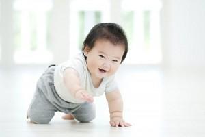Trẻ học được kĩ năng phối hợp tay chân trong các trò chơi vận động